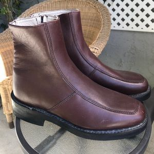 EXECUTIVE IMPERIALS Burgundy Leather Boots Sz 8.5